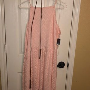 Dresses & Skirts - Cute Lacey pink dress